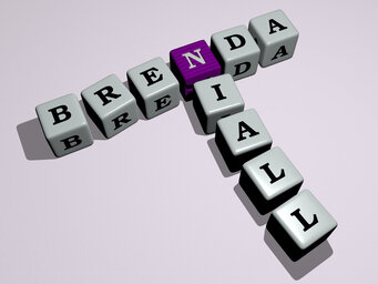 Brenda Niall